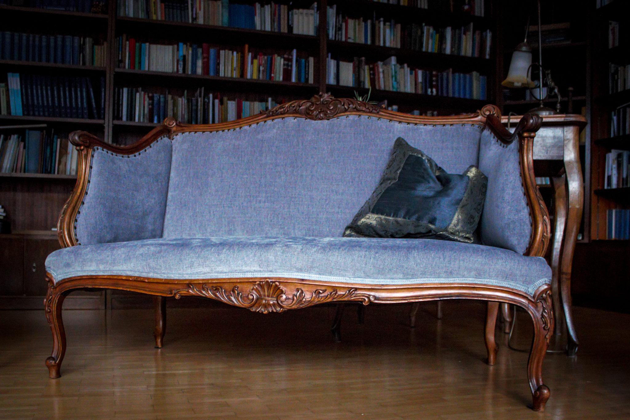 Stilmöbel Sofa komplett neu aufgearbeitet und gepolstert. Polster, reparatur, antik, alt, stühle sessel sofa